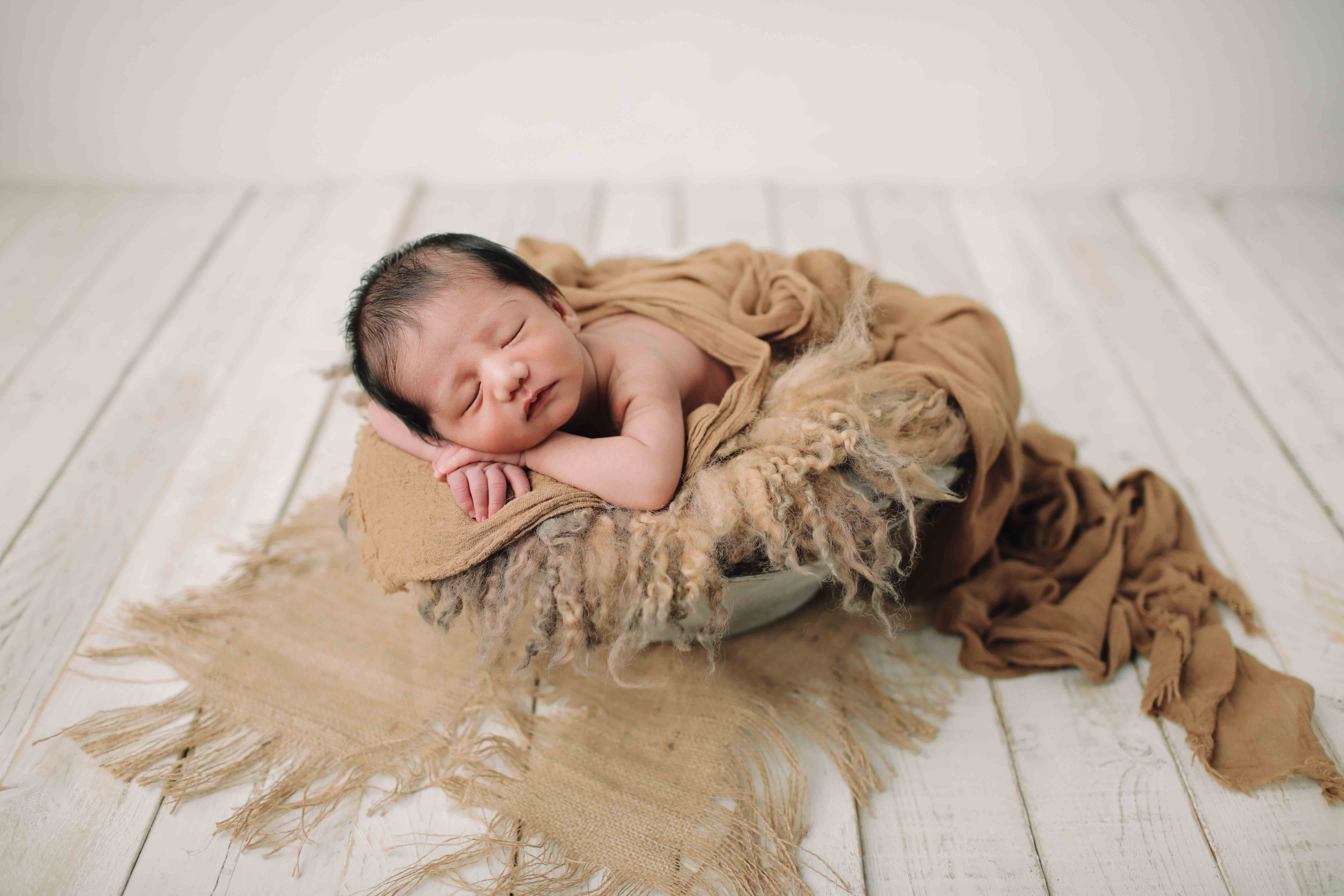 studio foto cirebon,newborn photohgraphy,maternity,NEWBORN VISIT HOME